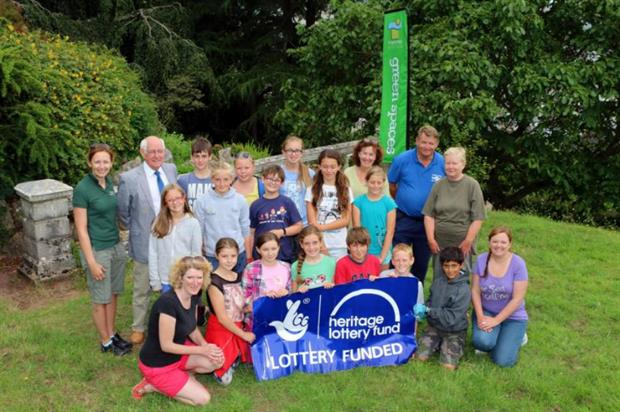 Shaldon Primary School children celebrate the grant with Homeyards. Image: Supplied