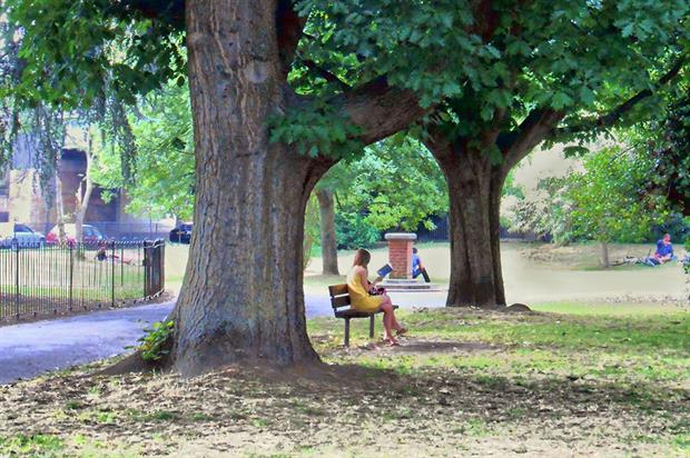 Ravenscourt Park - image: Flickr/ DncnH