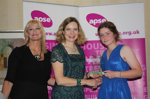 Sasha Fraser wins Apprentice of the Year. Image: Supplied
