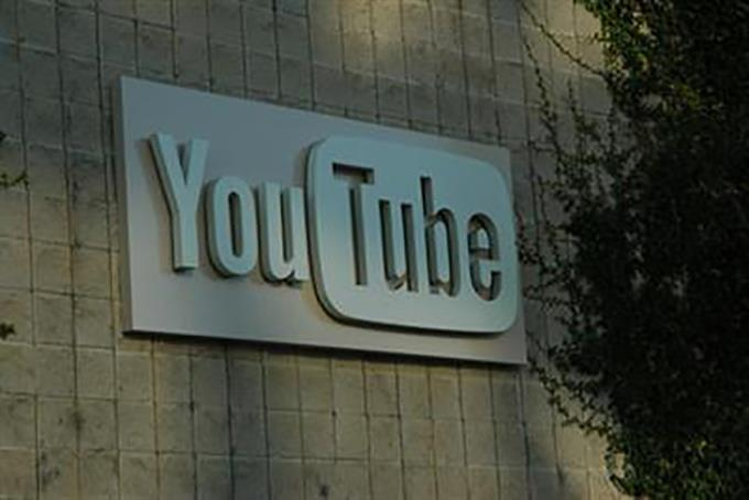Top British advertisers call summit meeting with YouTube over brand safety