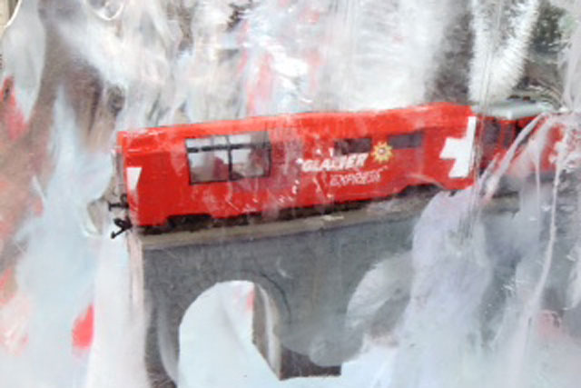 Switzerland Tourism: rolls out ice block activity