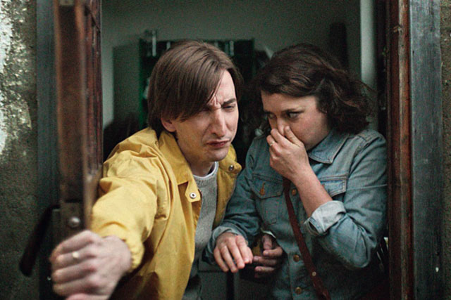 Halifax ad depicts a nightmarish house-hunting scenario