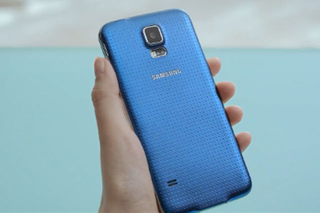 Samsung: profits predicted to fall as company prepares to launch the Galaxy S5
