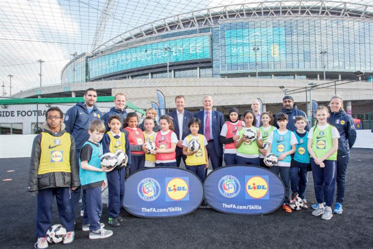 Lidl is sponsoring FA coaching sessions for children