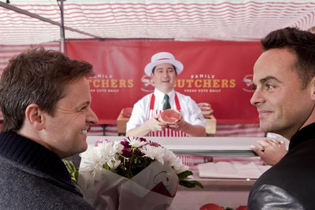 Morrisons: 'market street' by DLKW Lowe featuring And and Dec