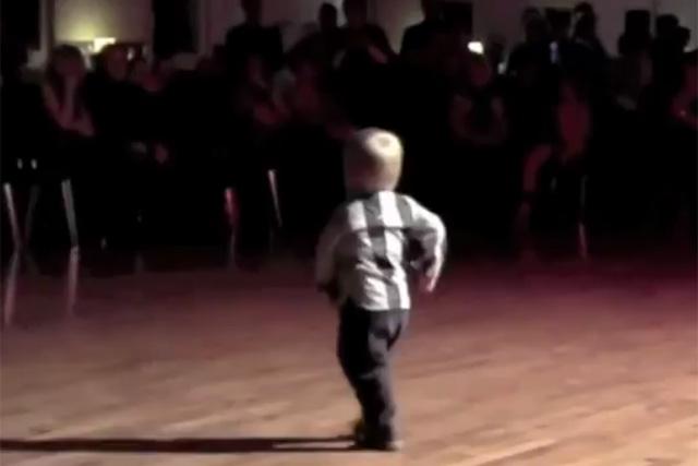 William Stokkebroe: Dancing toddler secures 1m+ shares this week