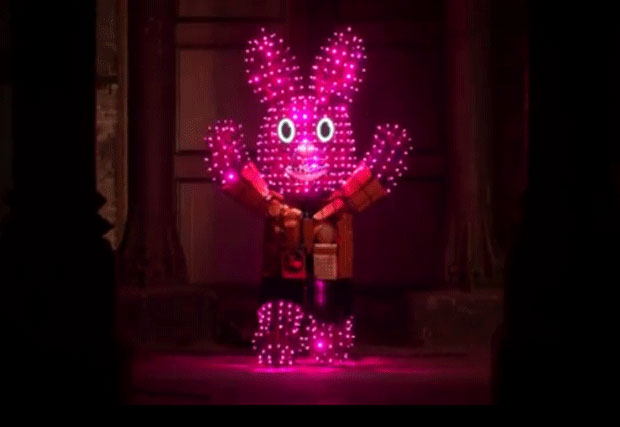 Duracell: online video features giant Duracell Bunny powered by discarded batteries
