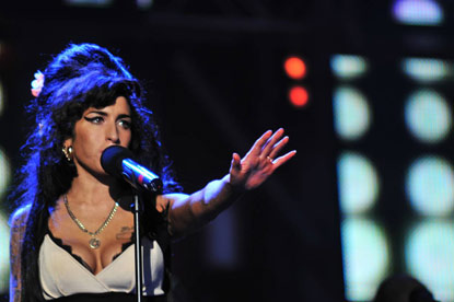 Universal Music.. hands MediaCom pan European media