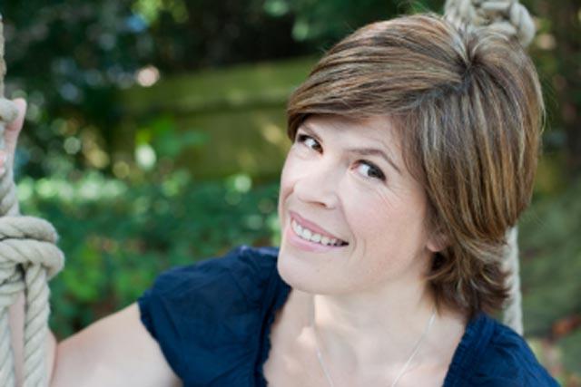 Emma B: Thomas Cook backs Sunday show on Smooth Radio