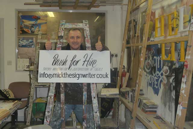 Mick Pollard traditional signwriter, Mick the Signwriter