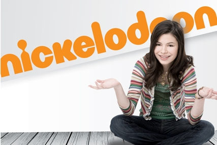 Nickelodeon: new on-air logo and identity and Miranda Cosgrove from iCarly
