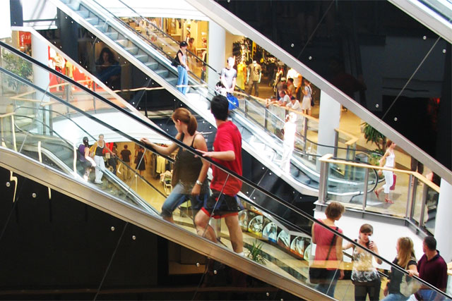 Retail: sales get a boost in May