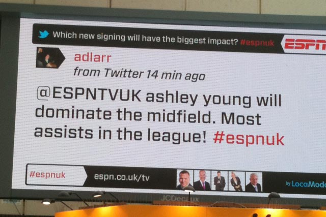 ESPN: digital outdoor campaign integrates real-time content and debate