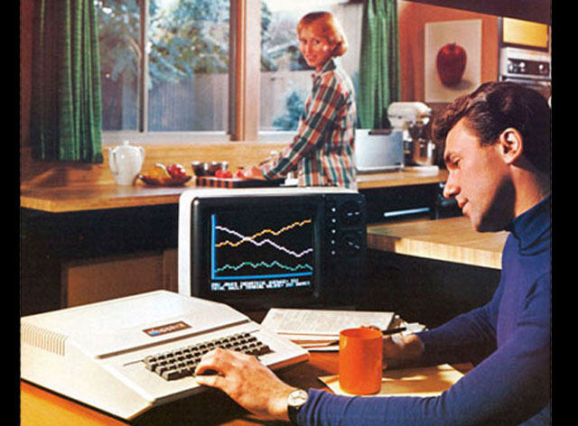 1977: Apple introduces the Apple II
