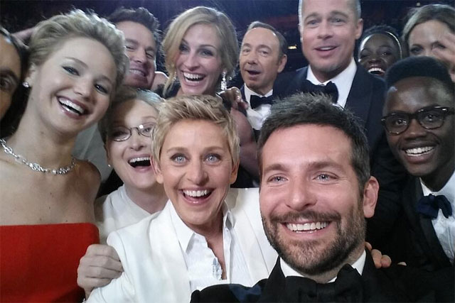 Ellen DeGeneres' selfie at the Oscars