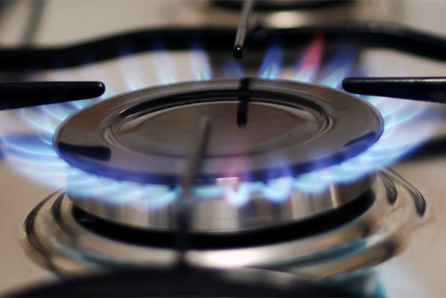 Energy: 'big six' told to refund money from closed accounts