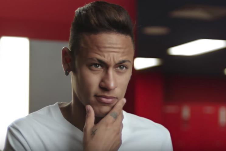 Neymar in Gillette's Mach3 ad