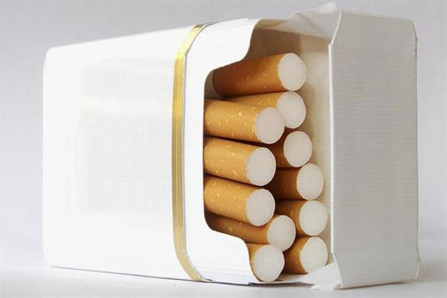 Cigarette packaging: the government is set to ban branding next year