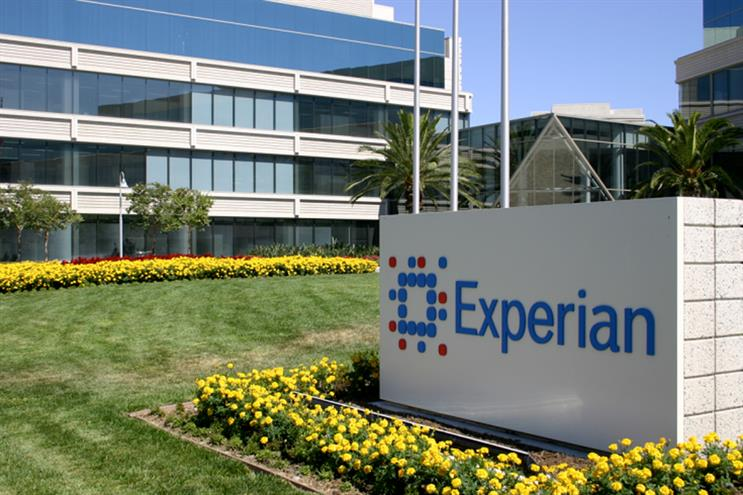 Experian: reviews advertising and media accounts