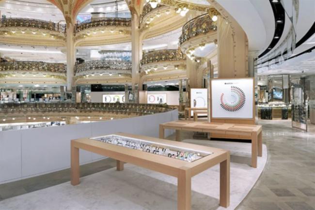 The Apple Watch shop at Paris' Galeries Lafayette.