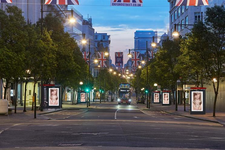 JCDecaux: new bus shelters have been installed in London's Oxford Street