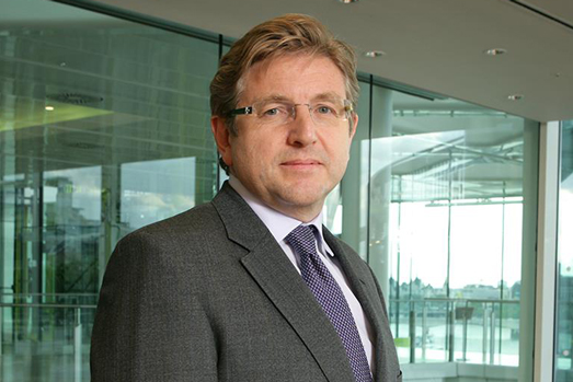 Radiocentre appeals to Unilever's Keith Weed with rap