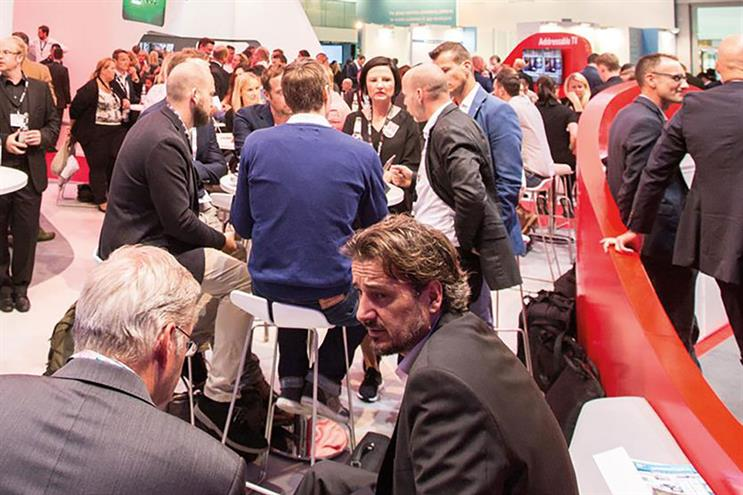 conference goers at Dmexco 2015