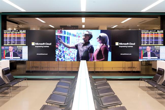 Bloomberg Hub: Microsoft will advertise its Cloud system on the London City Airport installation