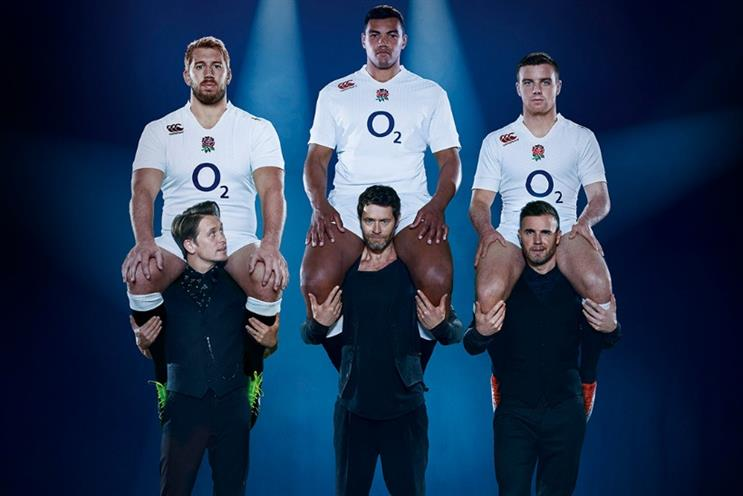 O2: Take That hold up England Rugby players in latest 'Wear the Rose' ad