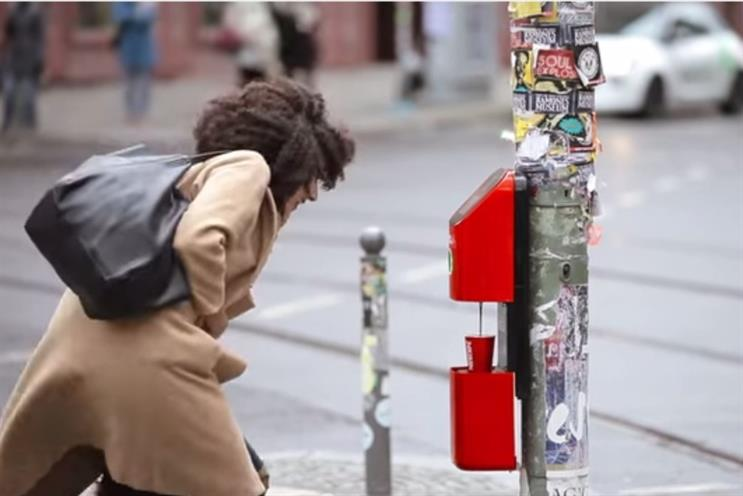 Nescafe: 'connecting' people in Berlin