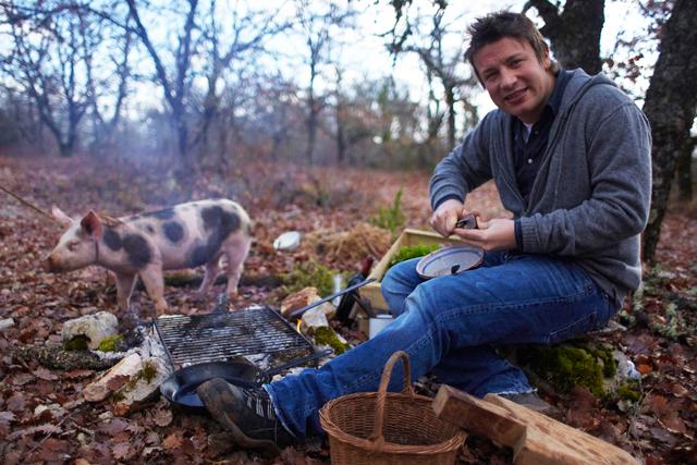 Jamie Oliver: presenting Jamie Does France