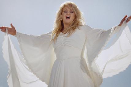 World MasterCard: Bonnie Tyler TV spot by McCann Erickson