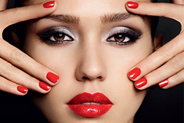 Jessica Alba: the actress is a global brand ambassador for Revlon