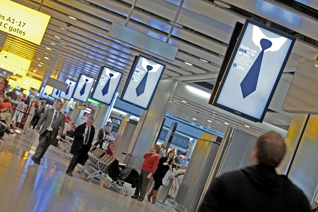 Business travellers: 65% book their own flights