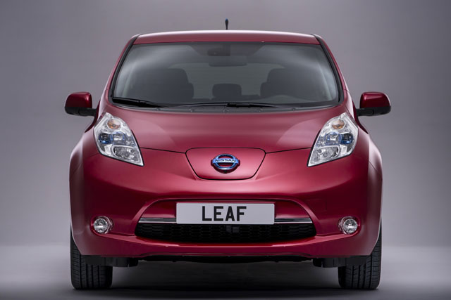 Nissan: high profile launch for LEAF electric car