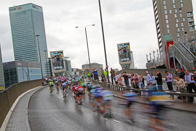 Sky launched outdoor ads to encourage Team Sky riders during the Tour de France in 2014