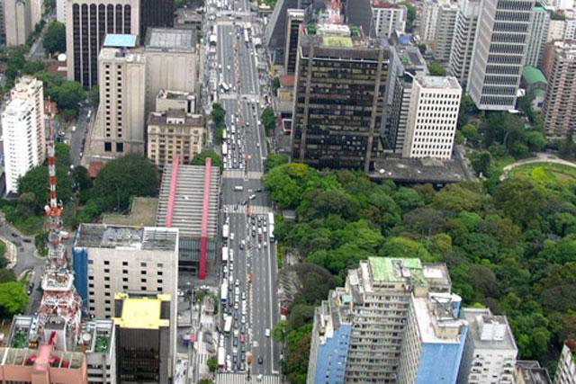 São Paulo: Twitter moves in