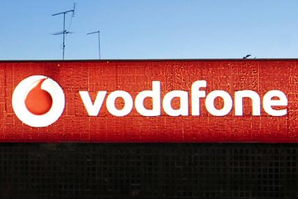 Vodafone: Carat scoops account