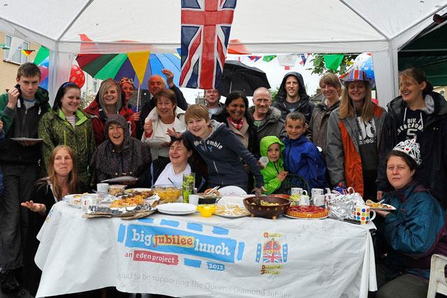 Big Jubilee Lunch: neighbours celebrate in Norwich