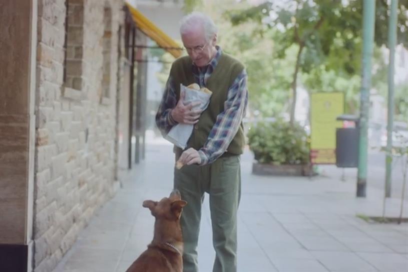 """Fundación Argentina de Trasplante Hepático """"The Man and the Dog"""" by DDB Argentina."""