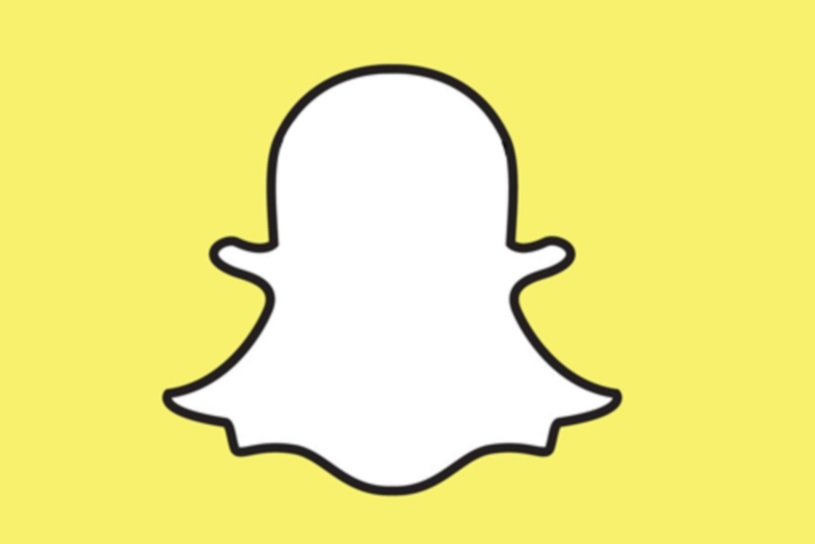 Yahoo could snap up a share of the youth market with an investment in Snapchat.