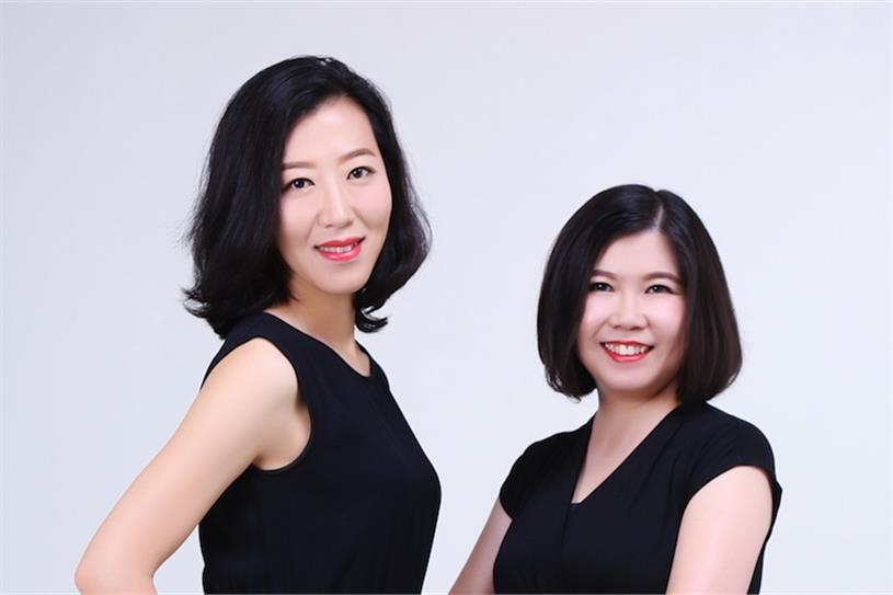 L-R: Rococo Li, Jojo Yang.