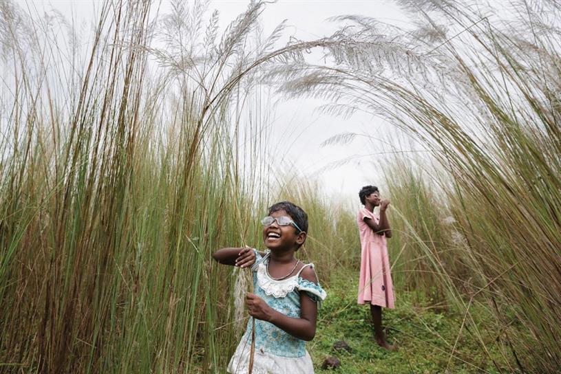 Girls in Wheat field, Brent Stirton for Blue Chalk Media and Wonder Work/ Verbatim
