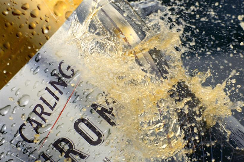 Alcohol ads: pressure groups want lower exposure in the short term and total ban in the long term