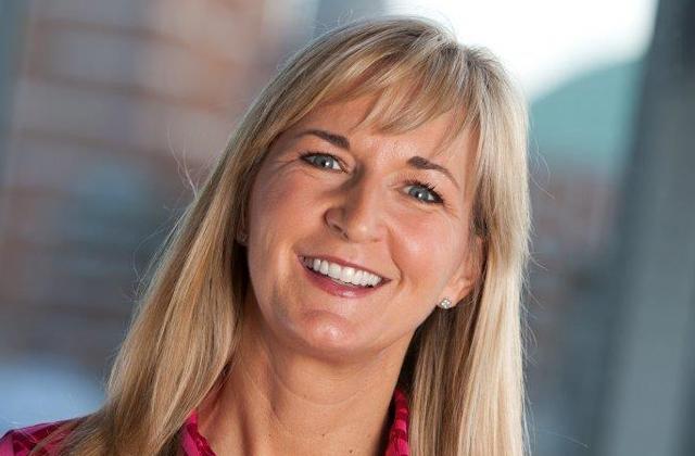Donna Hindson, director of marketing, Microsoft Advertising & Online