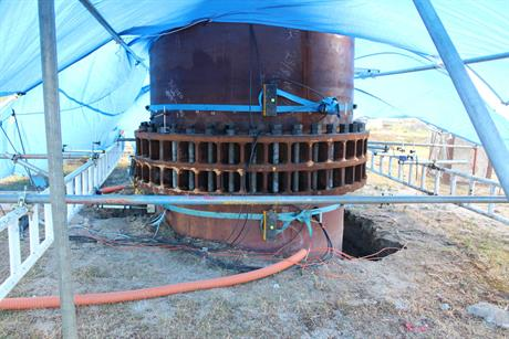 The instruments were placed on and in the piles, to allow validation of the results