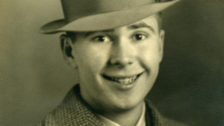 Harold Burson in 1937. Taken at Olan Mills portrait studio in Tuscaloosa, AL.
