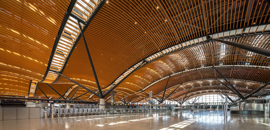 Hong Kong-Zhuhai-Macao Bridge Hong Kong Port Passenger Clearance Building - Rogers Stirk Harbour + Partners and Aedas