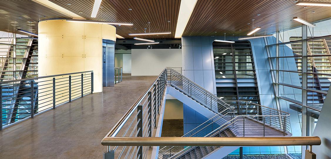 Innovation Curve - Form4 Architecture