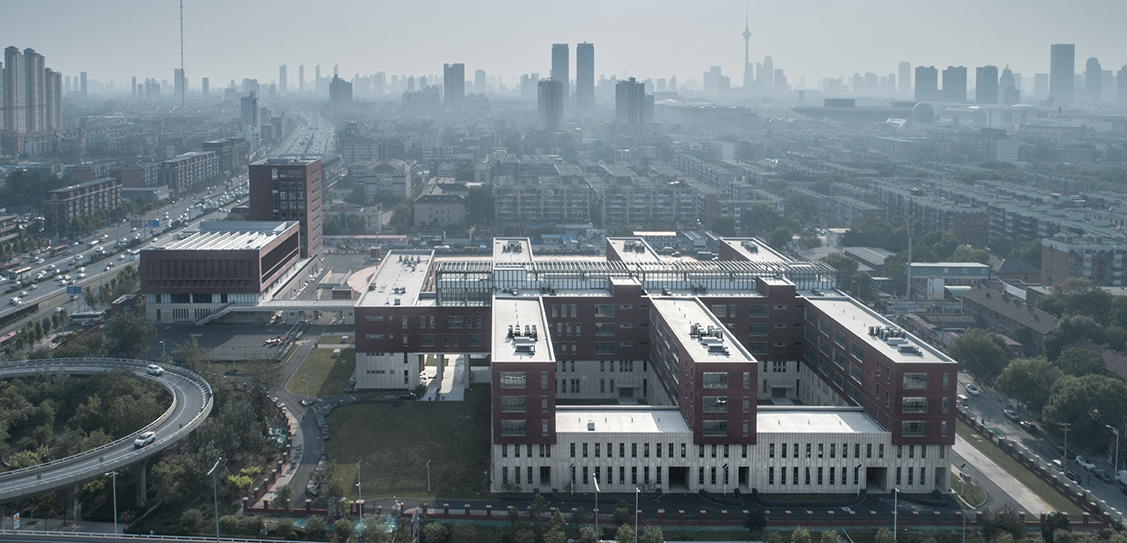 The New Campus of Tianjin No.4 Middle School - RSAA/ Büro Ziyu Zhuang